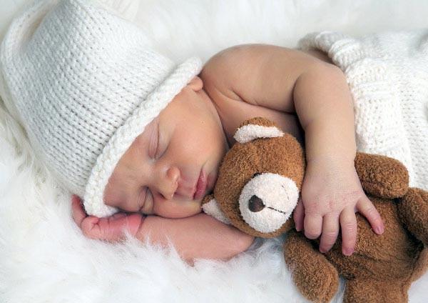 bebe embarazo recién nacido