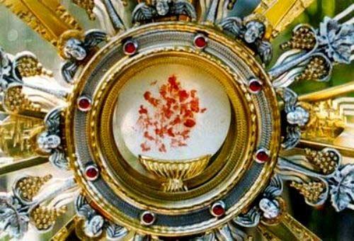 Hostia sangrando milagro eucarístico de Bolsena