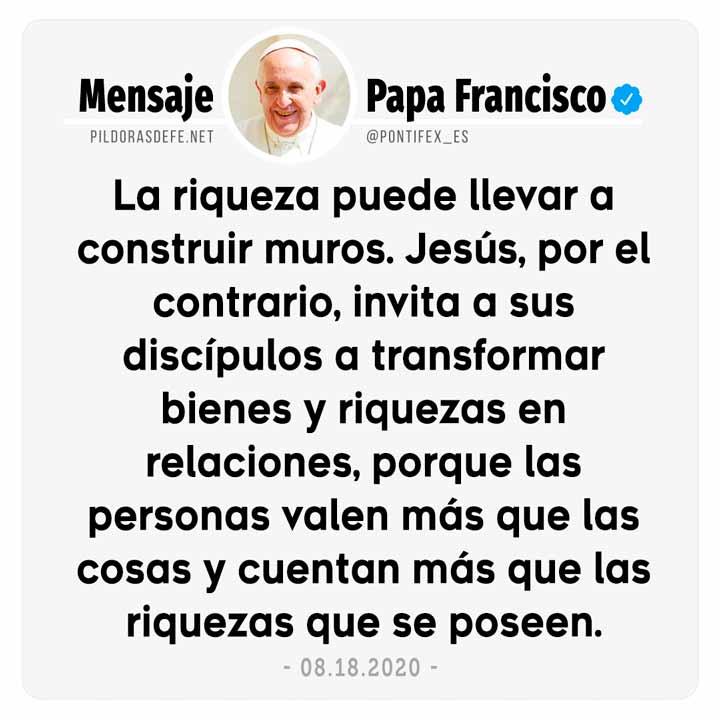 Papa Francisco en Twitter: las personas valen más que las cosas