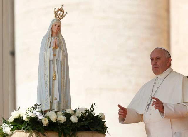 Papa Fracnisc y la Virgen de Fátima