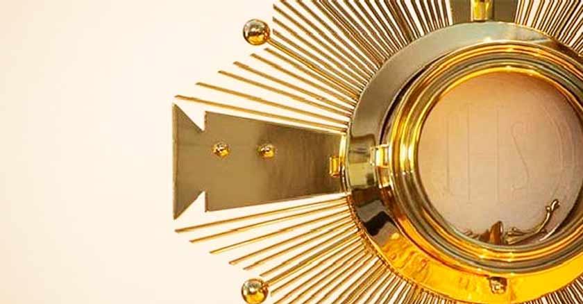 jesus sacramentando dorado adoracion alma de cristo oracion