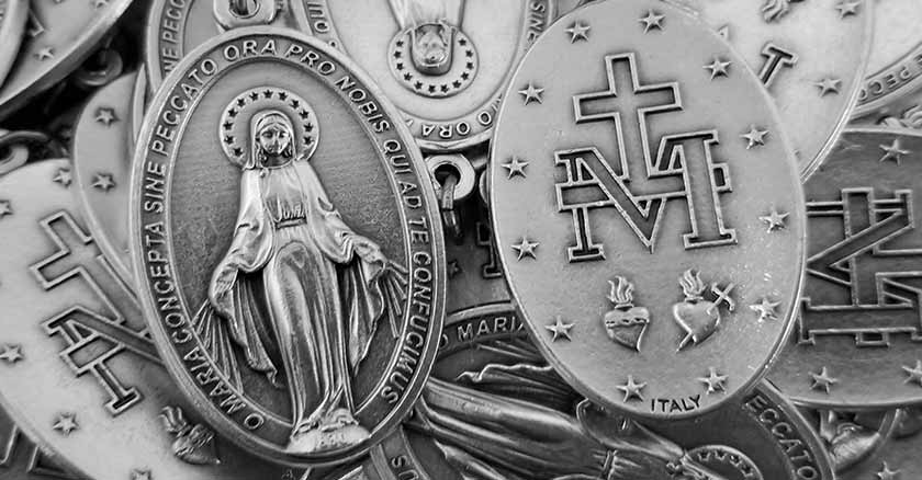 miraculous-medals-virgin-mary.jpg