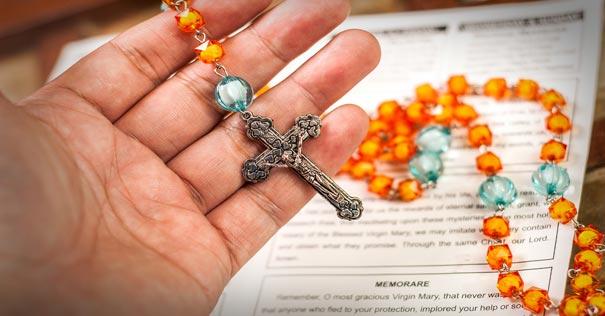 poderosa historia terror poder santo rosario