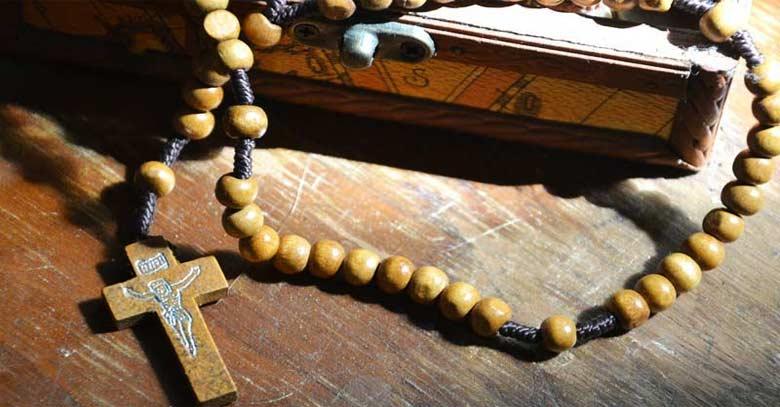 rosario de madera cruz catolicos