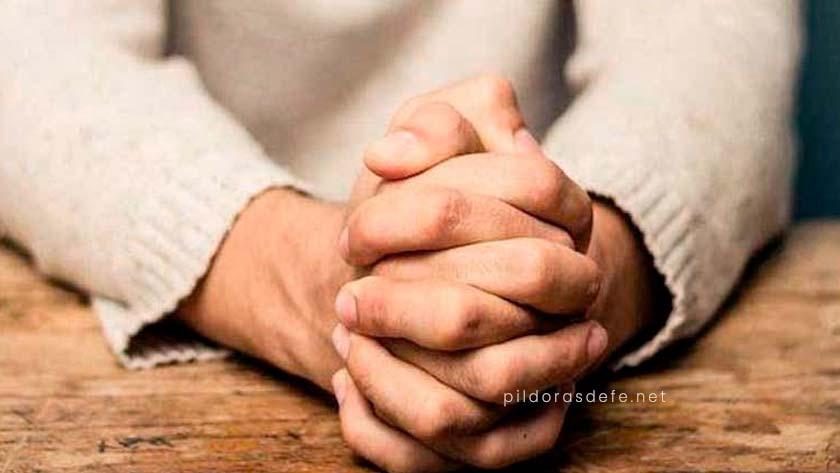ten fuerza fe confianza sigue luchando Dios quiere que te pongas de pie orando