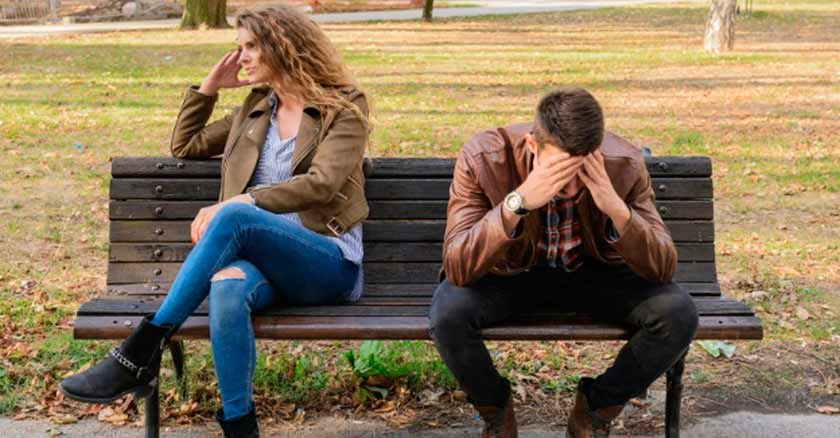 pareja triste senales de una relacion conflictiva