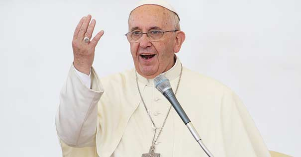 papa francisco exhorta manos arribas dar gratis