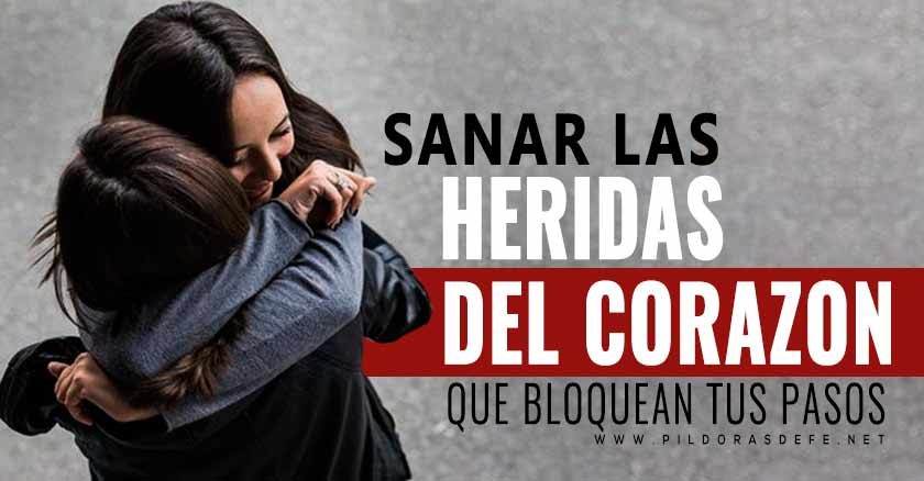 mujer abrazando perdona sanar las heridas del corazon que bloquean tus pasos