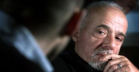 Lees Libros De Paulo Coelho Alerta Es Incompatible Con El