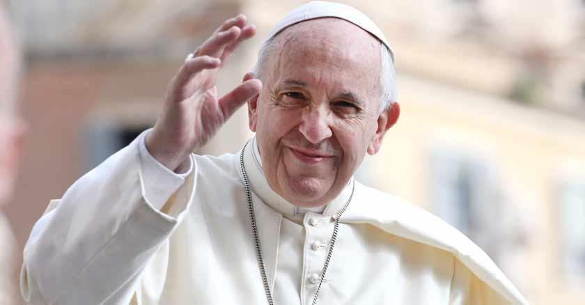 Pope-Francis-writes-a-plan-to-resurrect-in-times-of-coronavirus.jpg