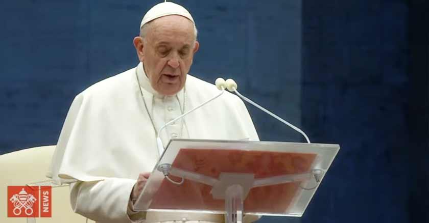 papa-francisco-bendicion-especial-urbi-et-orbi-por-el-fin-del-coronavirus-27-de-marzo.jpg