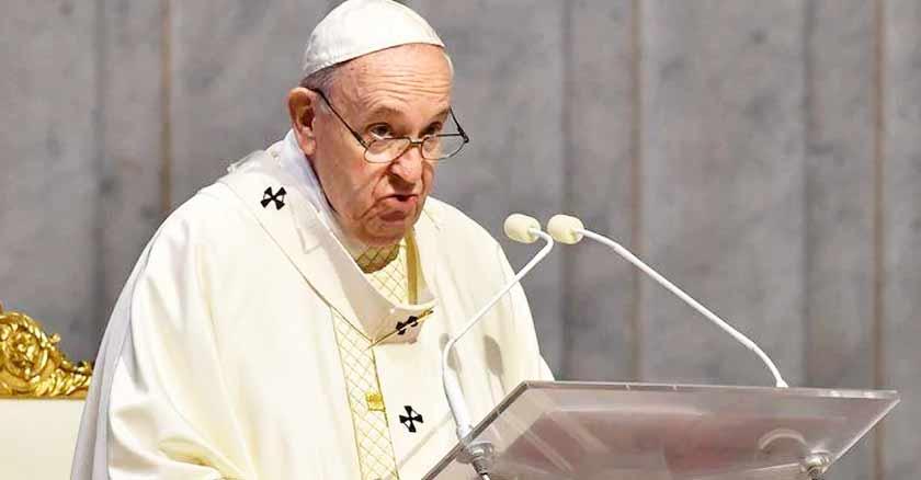 papa francisco fe debil pedir ayuda Dios