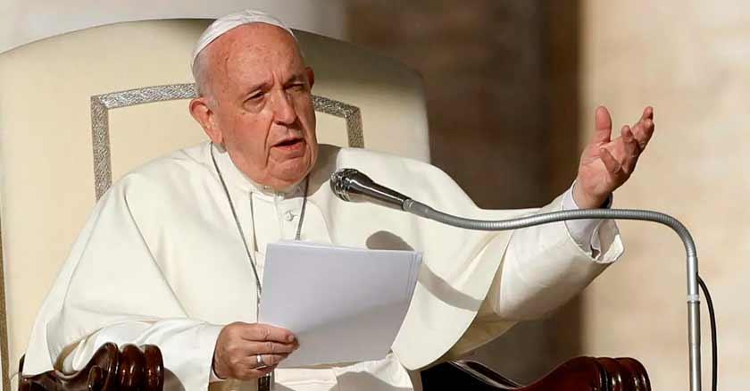papa francisco no es momento para mirar haciaotro lado ser indiferentes
