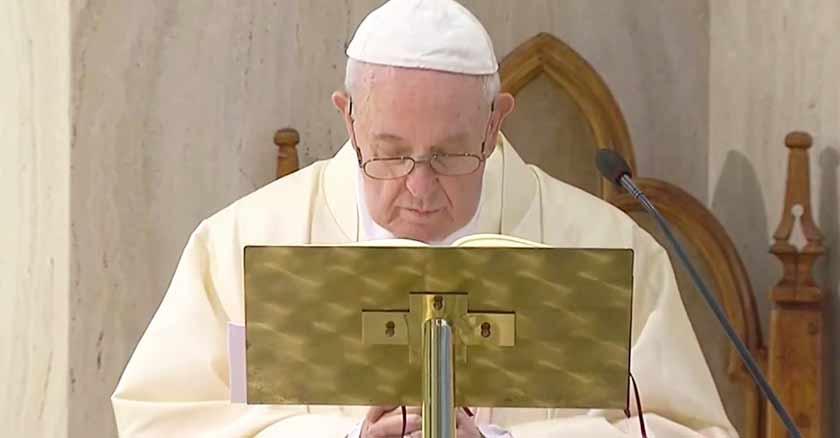 papa francisco pandemia coronavirus covid  sorpresa tormenta