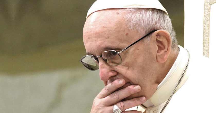 papa-francisco-reza-por-victimas-de-coronavirus-trabajadores-servidores.jpg