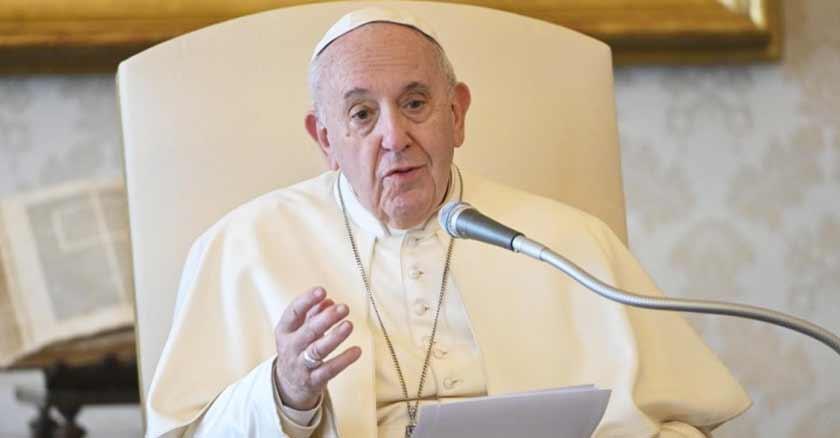 papa-francisco-rezar-juntos-el-rosario-9-00-pm-por-el-fin-del-coronavirus.jpg