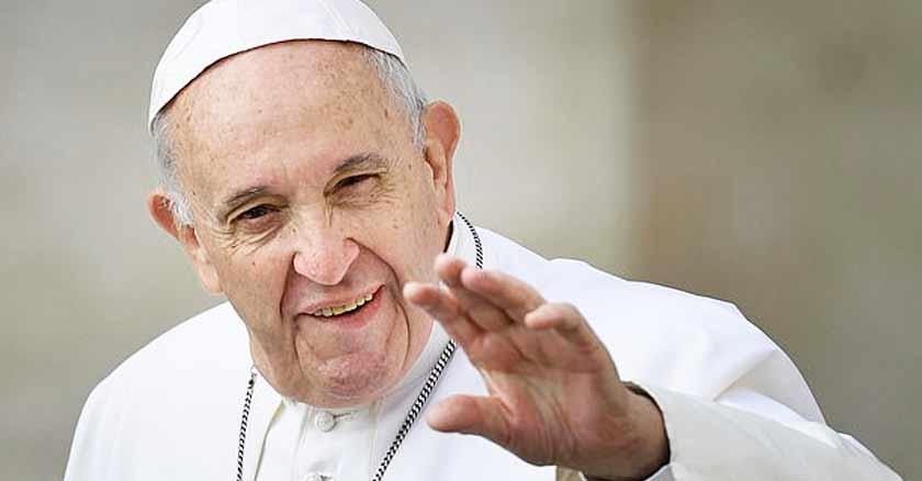 papa francisco saluda a las camaras Dios envia angeles a cuidarnos