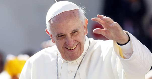 papa francisco sonrie esperanza antidoto contra odio violencia