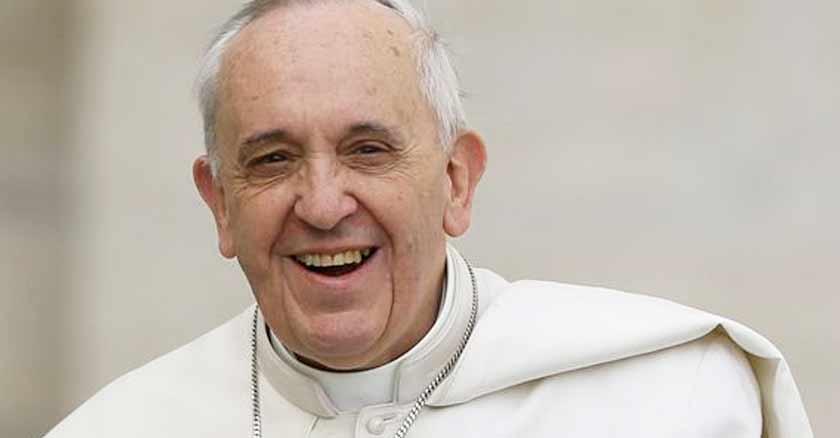 papa-francisco-sonrisa-buscador-del-reino-de-los-cielos.jpg