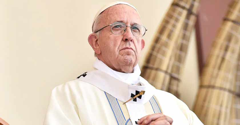 pope-francis-trust-in-god-he-loves-us.jpg