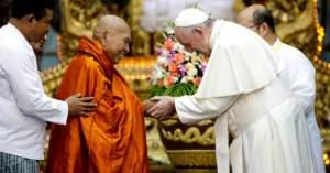 papa francisco monjes mayanmar