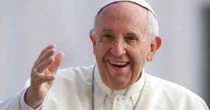 papa francisco sonrie la esperanza es como el aire para el cristiano
