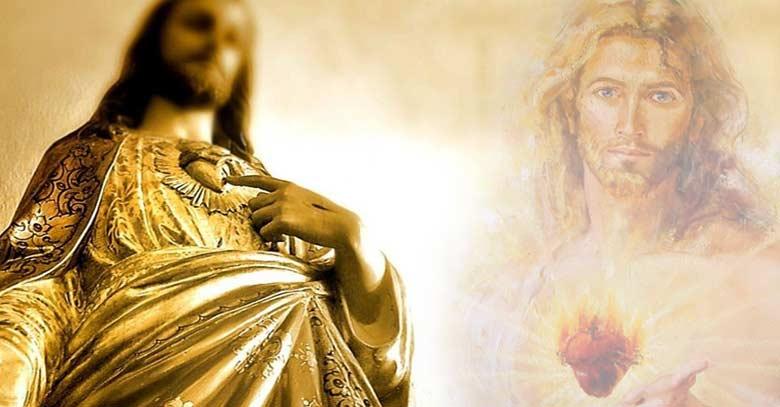 sagrado corazon de jesus estatua dorada devocio oracion consagracion