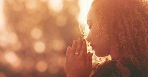 la oracion nos ayuda amar esperar mantener la calma
