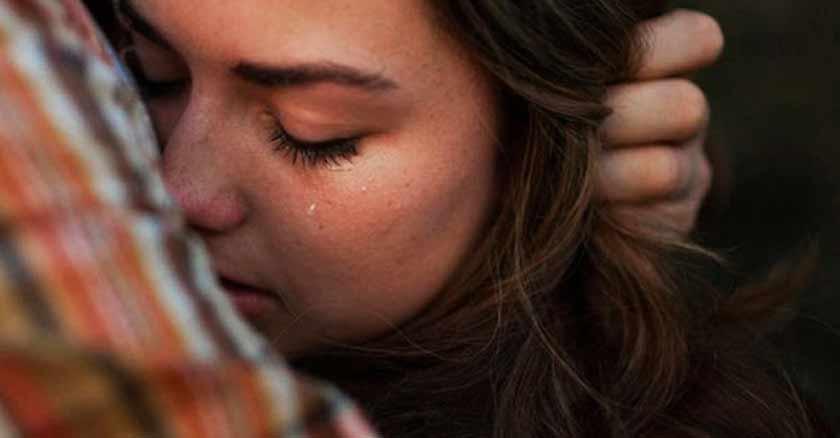 antes-de-juzgar-a-los-demas-considera-estos-consejos-mujer-llorando.jpg