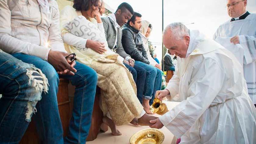 como ser manso sin ser menso corazon humillado humildad papa francisco lava pies