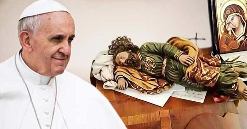 papa francisco san jose dormido sobre mesa devocion del papa