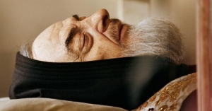 padre pio cuerpo incorrupto rostro se ve dormido